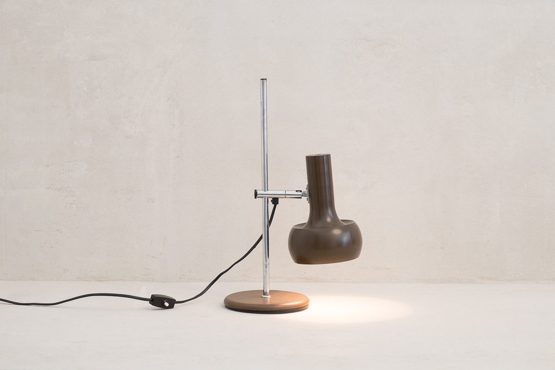 table lamp of SISCHE W. GERMANY