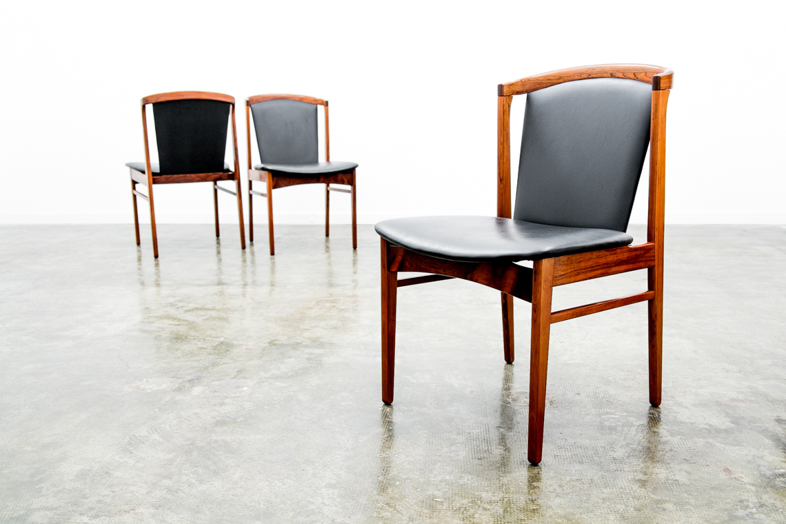 Set of 4 chairs from ERIK BUCH