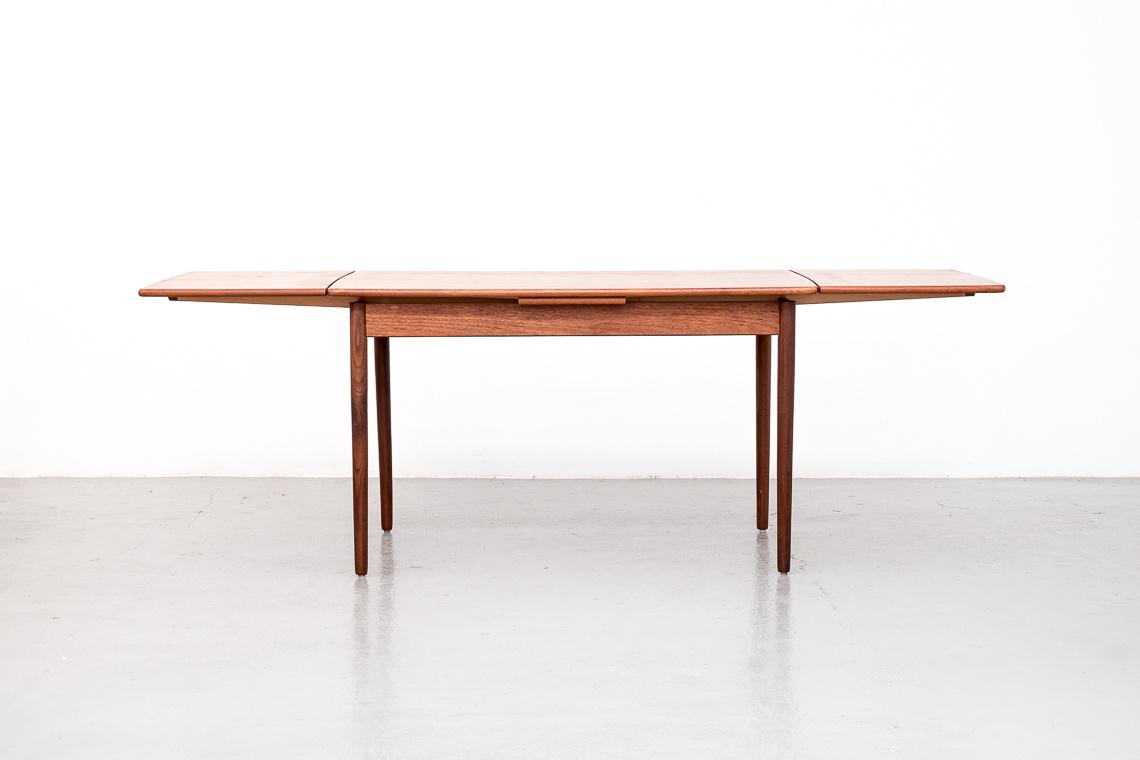 Extendable Danish teak Dining Table