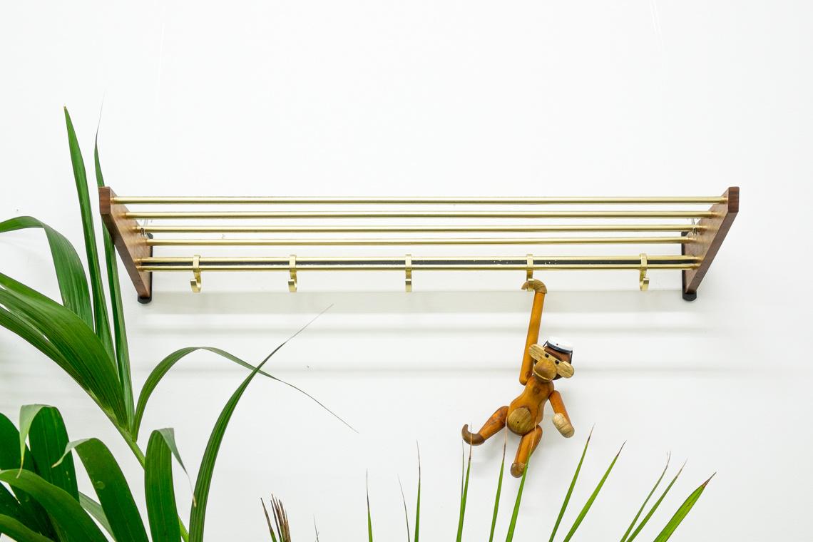 50's wall hanger