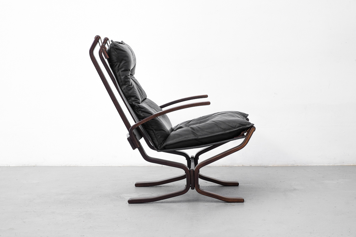 Danish Leather high lounge Chair BY Trygg Mobler