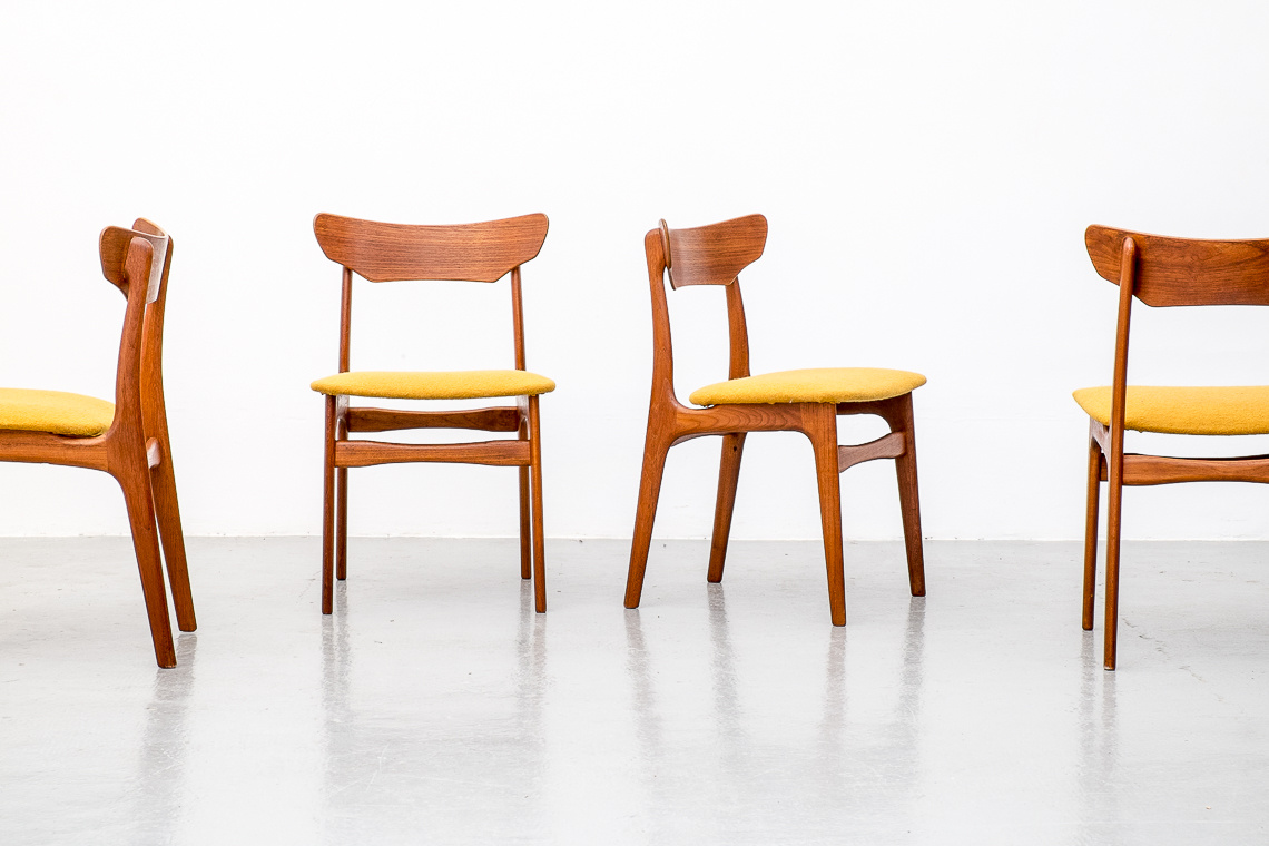 SET OF 4 DANISH TEAK DINING CHAIRS BY SCHIONNING ELGAARD