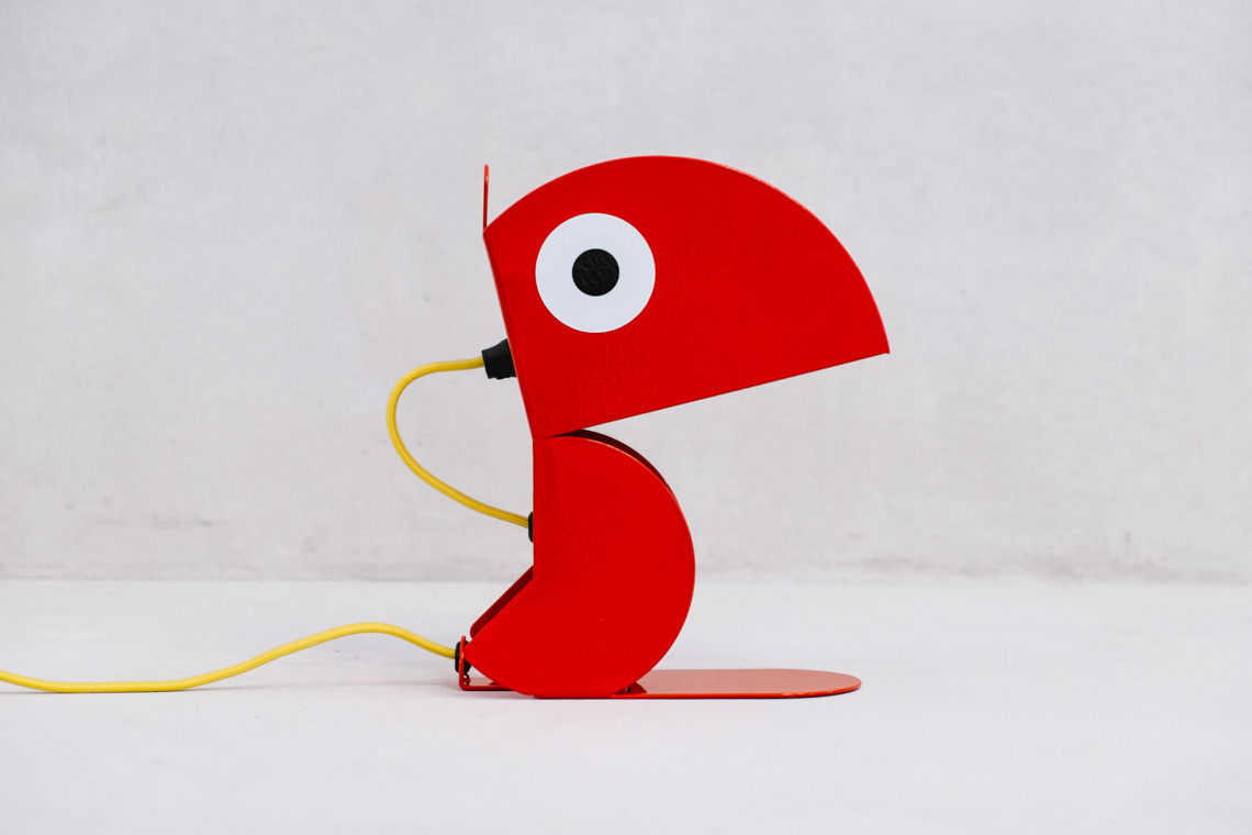 Red Parrot lamp