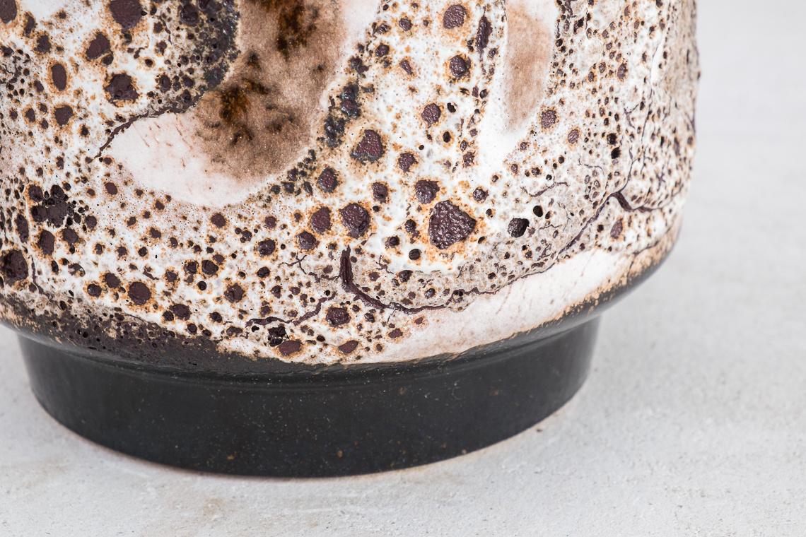 Fat Lava Planter (Ø 17cm) BY Dümler & Breiden.