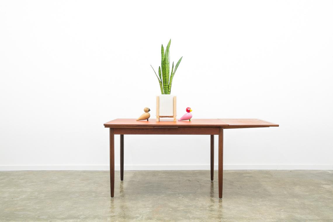 Teak danish dinning table