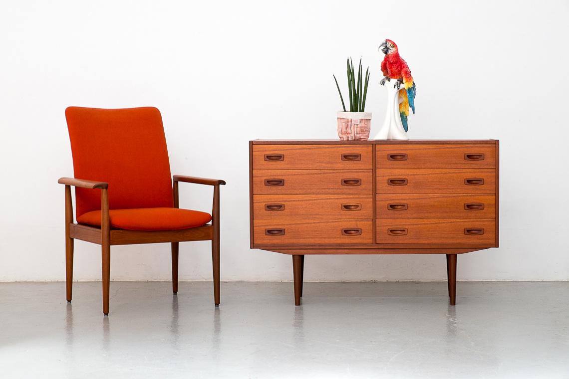 Mid-Century Danish teak 8 Drawer Dresser