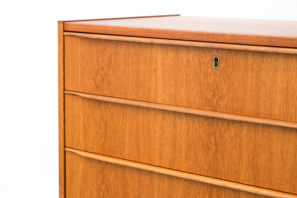 OAK Chest of Drawers from Royal Board Sweden