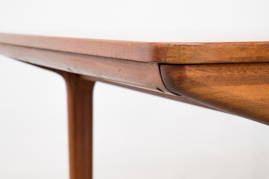 Extending teak Dining Table T3 by Tom Robertson for McIntosh