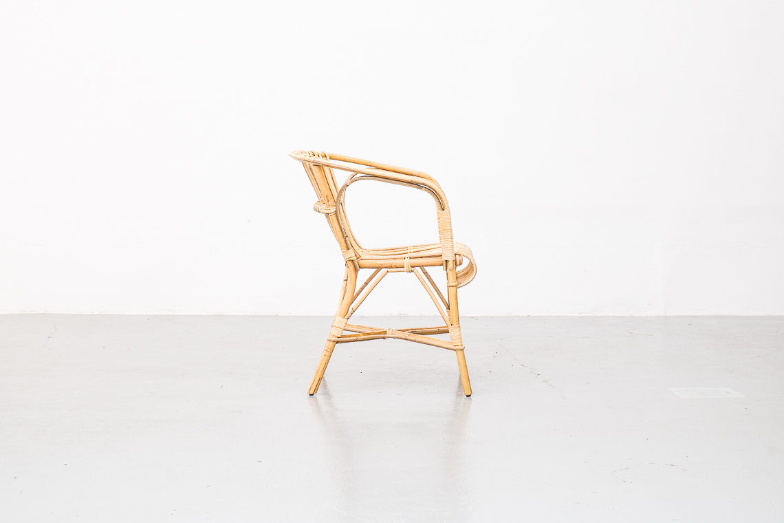 SALVADOR CHAIR BY MIGUEL MILÁ