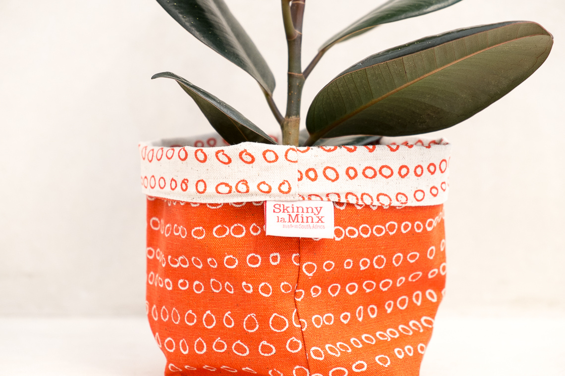 SOFT BUCKET ABACUS LOLLIPOP BY SKINNY LAMINX