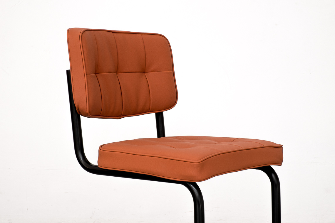 TUBULAR STEEL CANTILEVER CHAIR 228 by ADICO