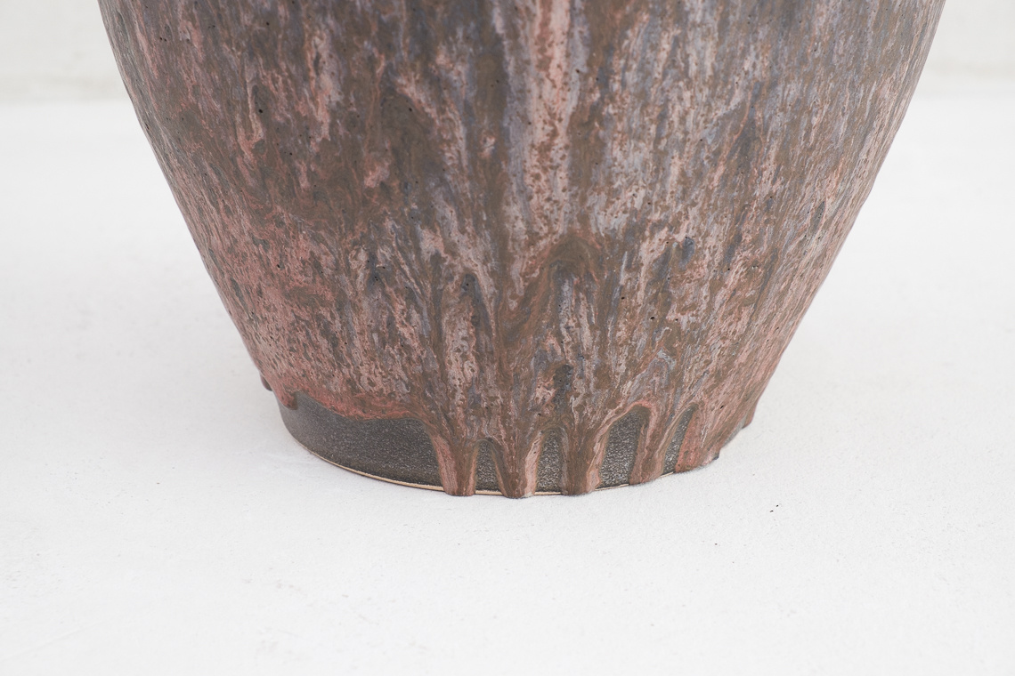 POTTERY VASE FAT LAVA BY Ruscha