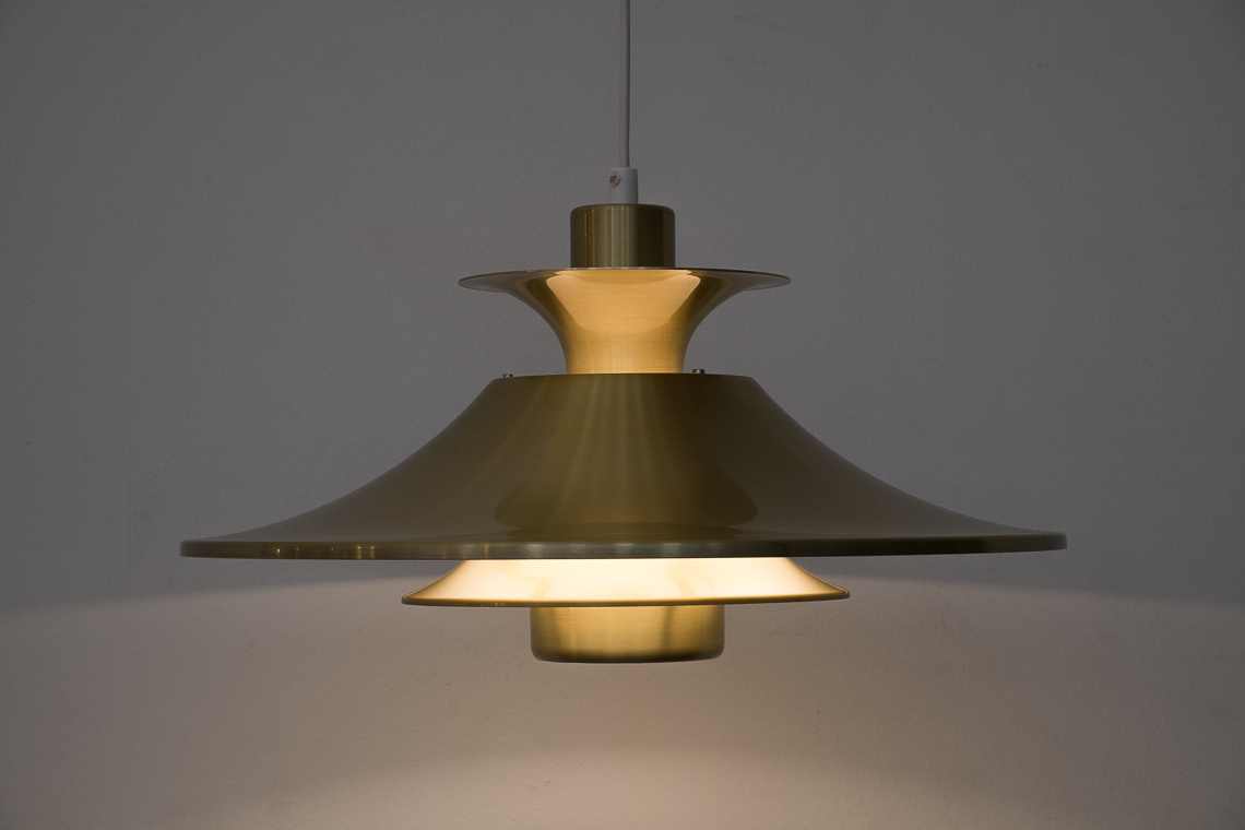 Golden aluminium Ceiling Light from Lyskaer