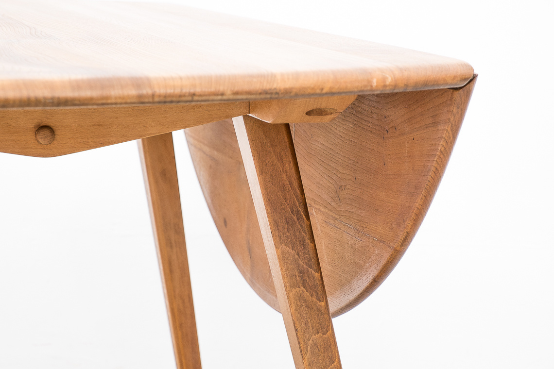 Ercol 384 oval drop leaf dining table