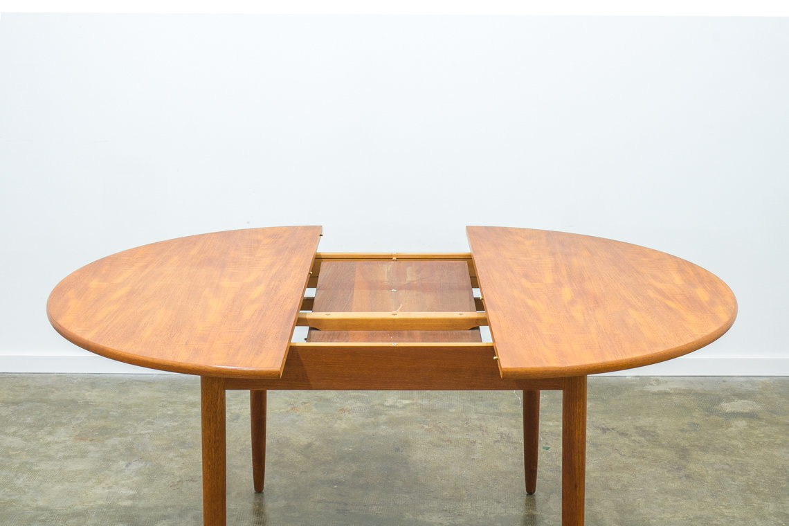 DInning table by SUTCLIFFE OF TODMORDEN