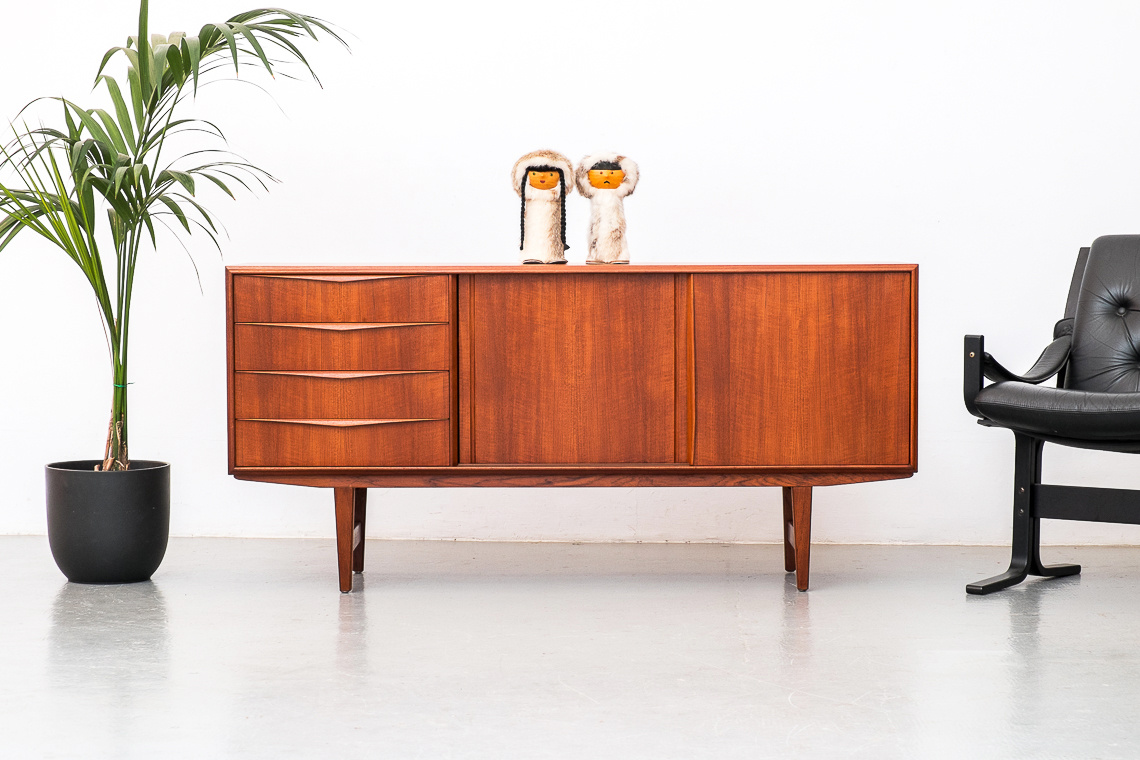 SIDEBOARD BY E.W. BACH FOR SEJLING SKABE DENMARK