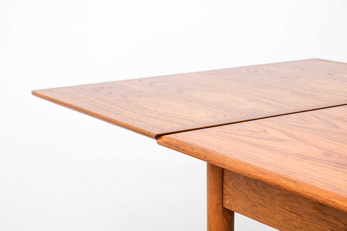 DANISH MODERN TEAK DINING TABLE BY N&R MOBLER