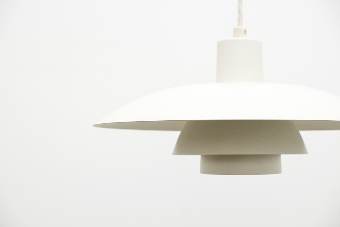 Lamp PH4/3 of Poul Henningsen