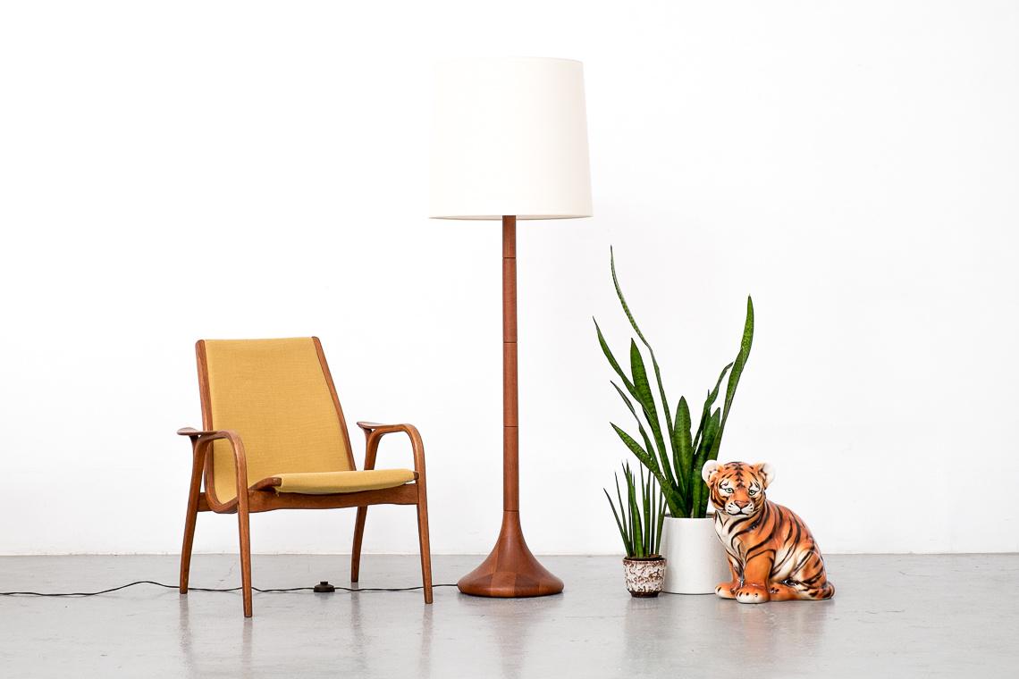 danish Floor lamp of DYRLUND