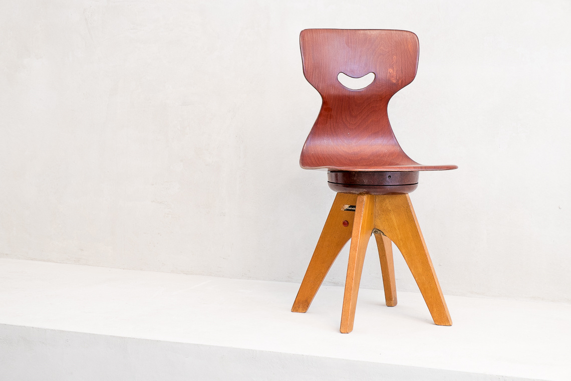 rotating children chair by Adam Stegner for Flötotto