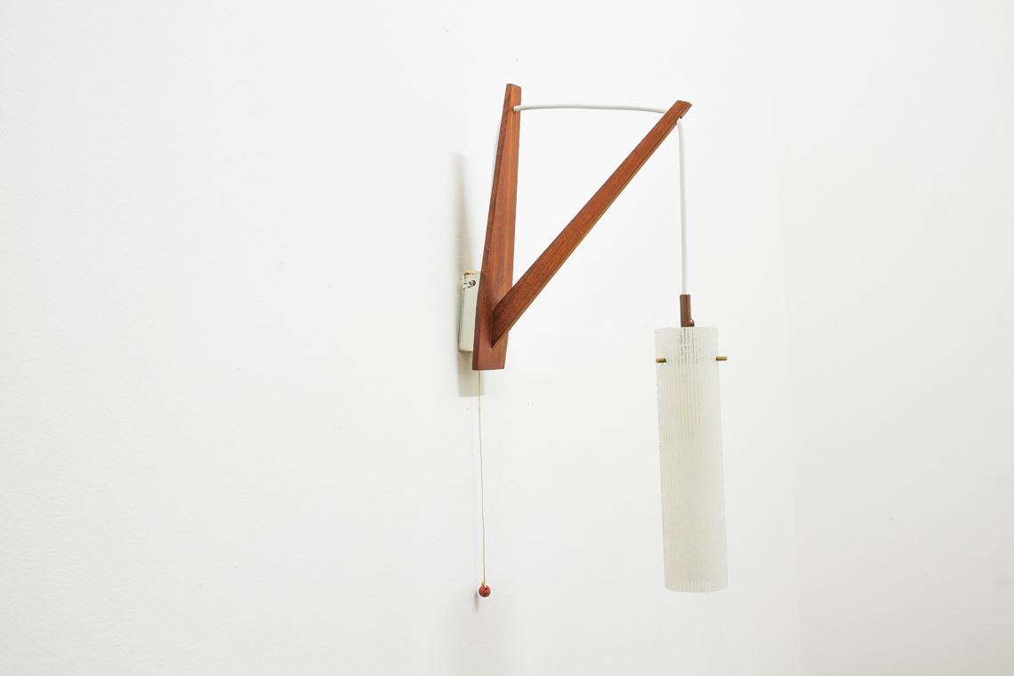 mid century wall mount light