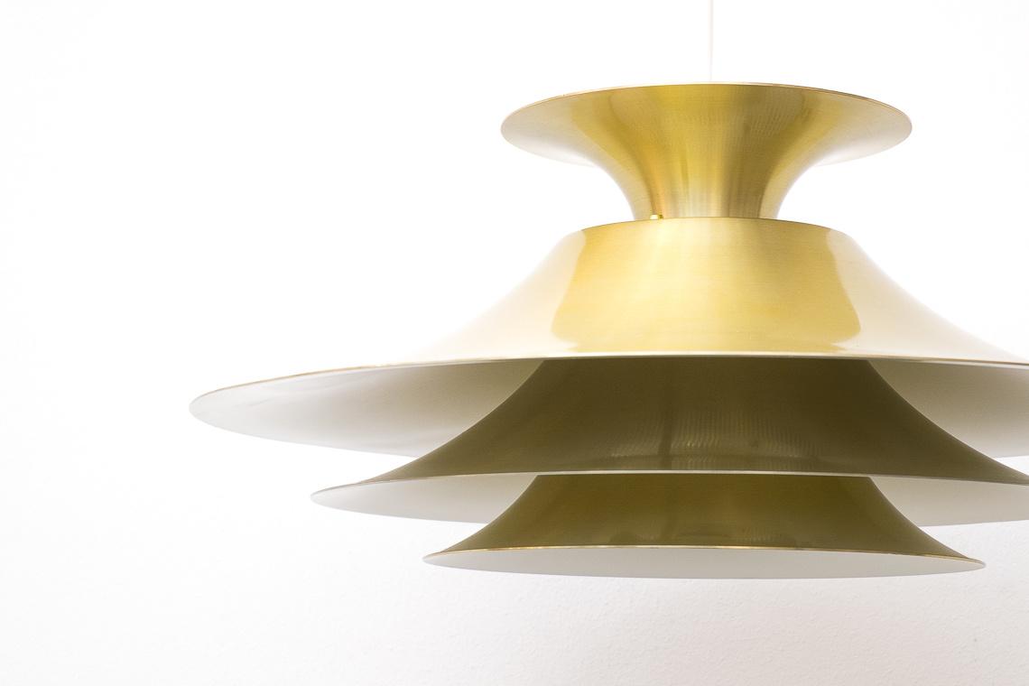 Danish GOLDEN Pendant LAMP model 3060H from JEKA