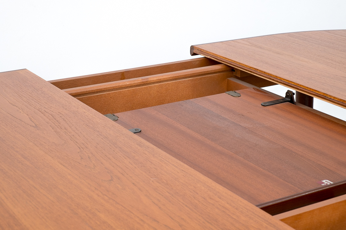 G plan oval extending dining table