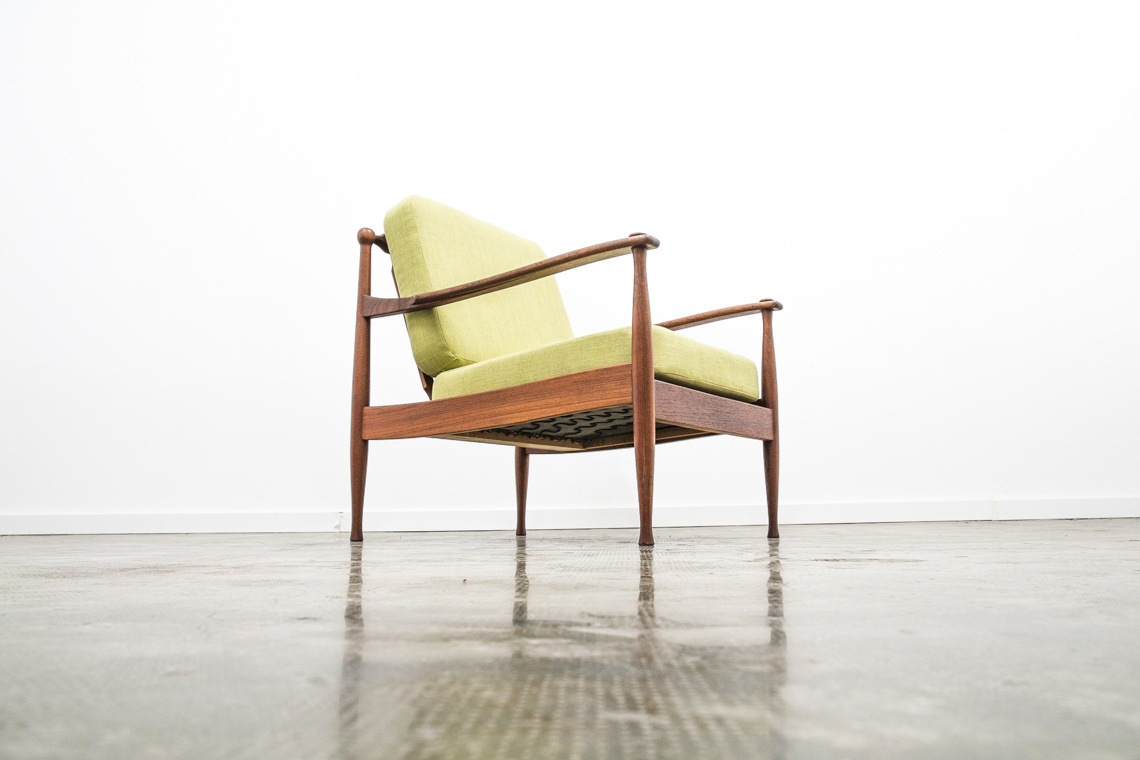 Lounge Chair from LAAUSER