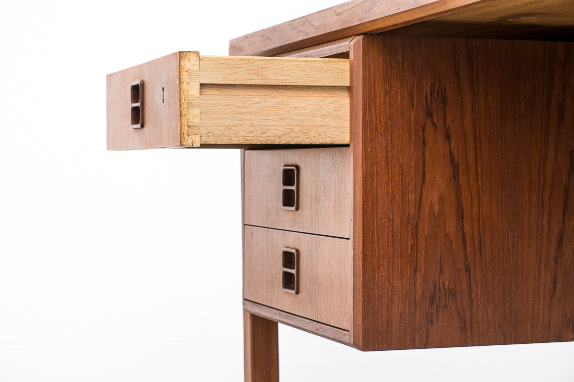 MID-CENTURY TEAK DESK MADE IN DENMARK