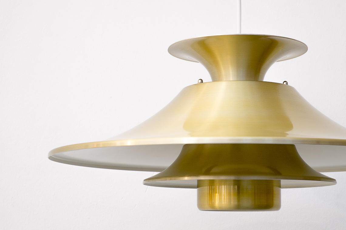 GOLDEN ALUMINIUM Pendant Lamp from LJUSKÄR DENMARK
