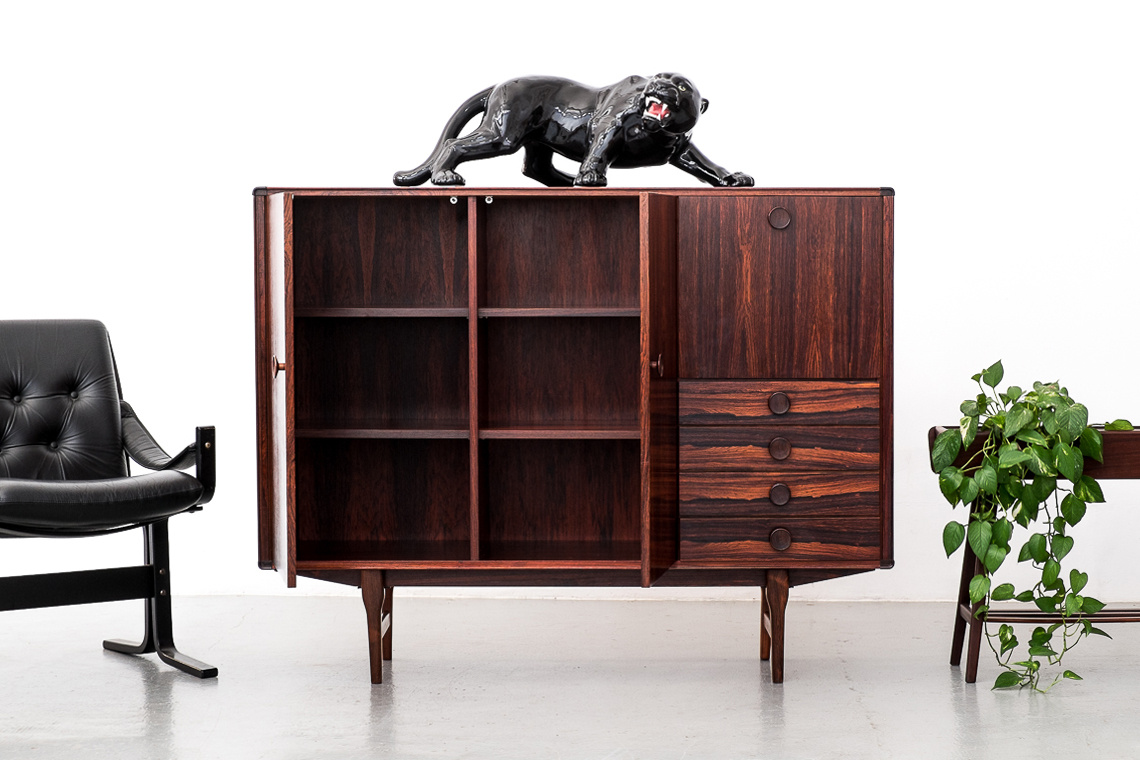 MID-CENTURY ROSEWOOD HIGHBOARD BY FRISTHO