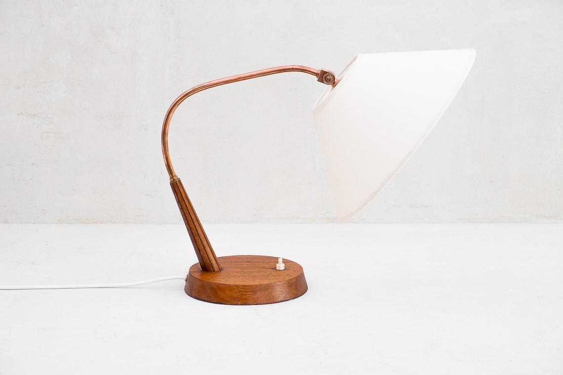 SWISS TABLE LAMP TYPE 33 OF TEMDE