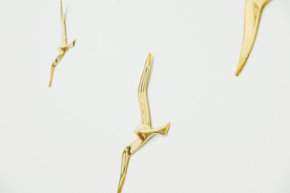 Metallic wall birds