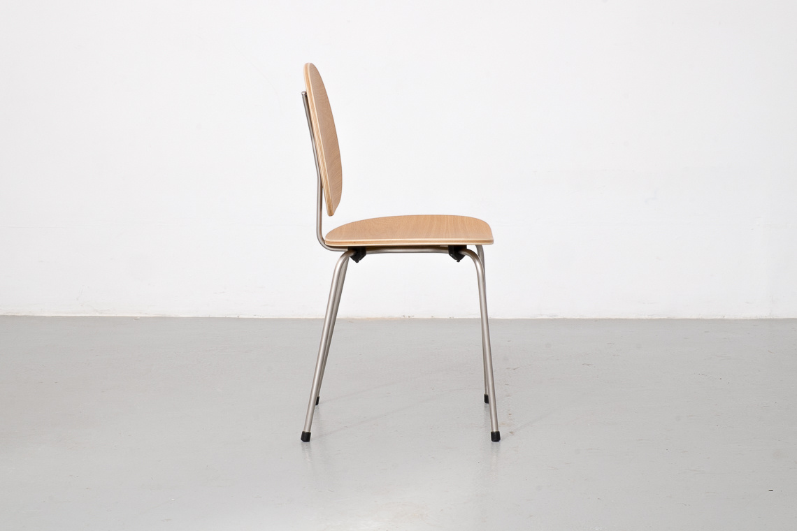 CHAIR 704 by ADICO