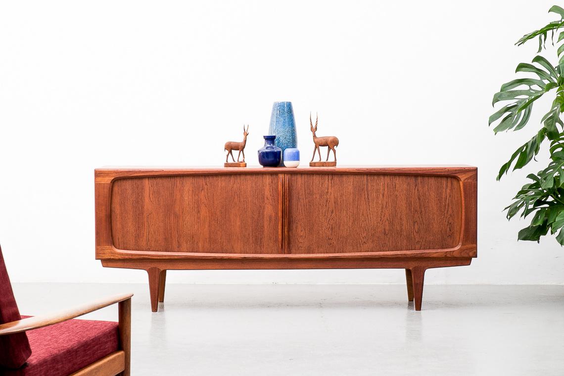 Vintage Model 142 Sideboard from Bernhard Pedersen & Søn, 1960s