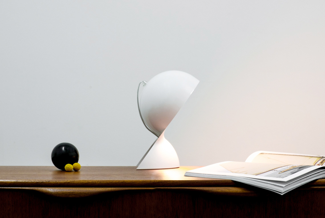 Dalu Table Lamp by Vico Magistretti for Artemide