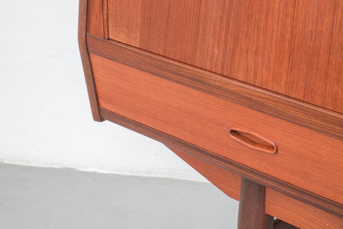 Mid Century Modern Teak Highboard made in denmark