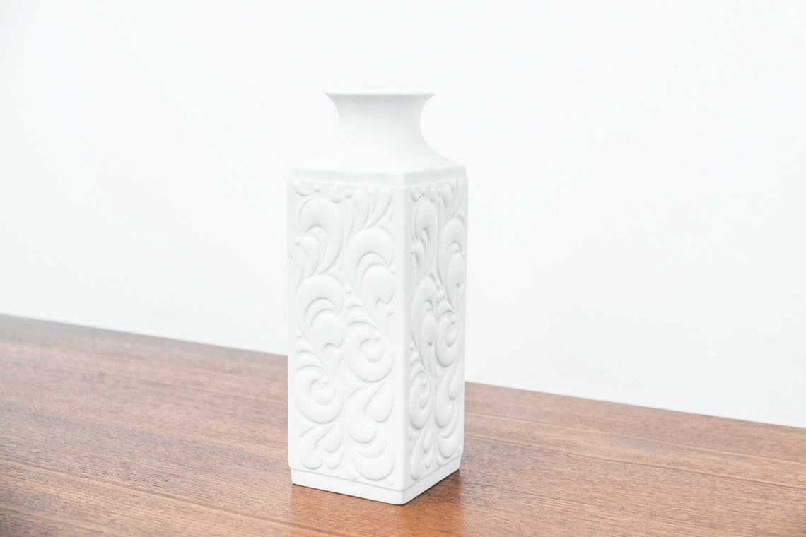 OP ART VASE of HUTSCHEN REUTHER