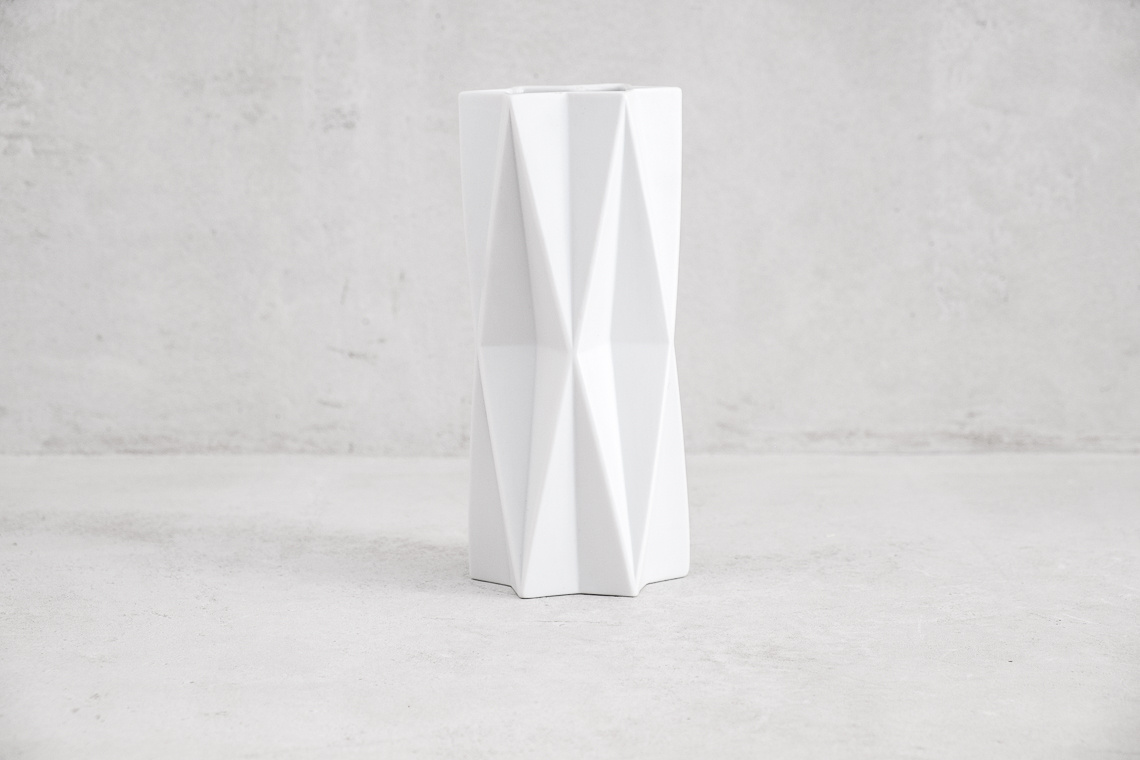 White Porcelain Vase Archais Series by Heinrich Fuchs for L. HR.
