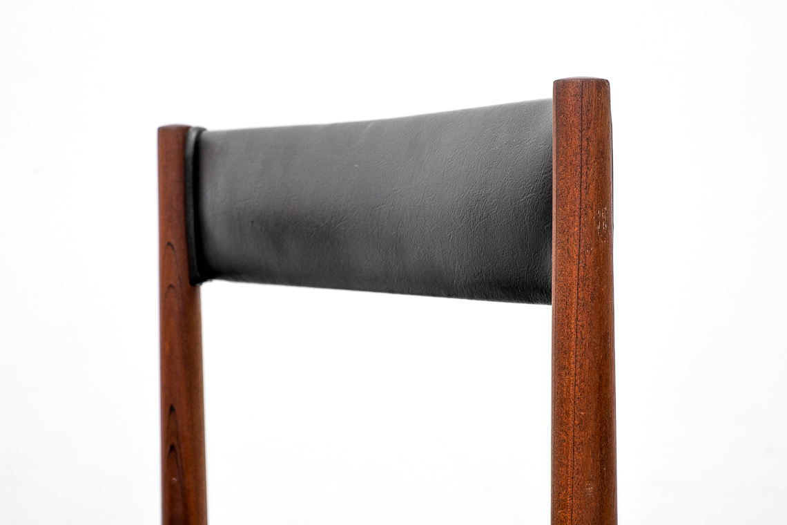 SET OF 6 DINING CHAIRS Nº9893 BY MCINTOSH