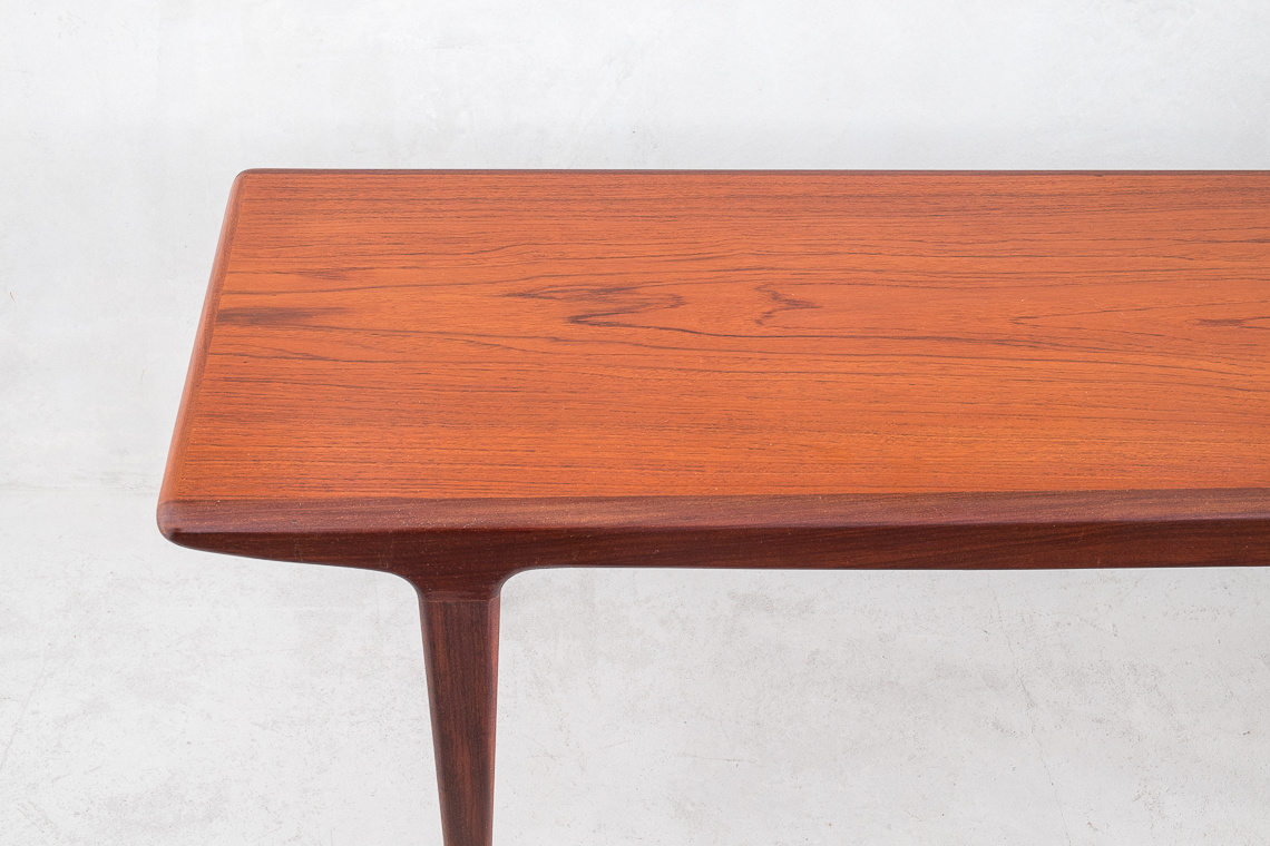 Coffee Table Fonseca by John Herbert for Younger