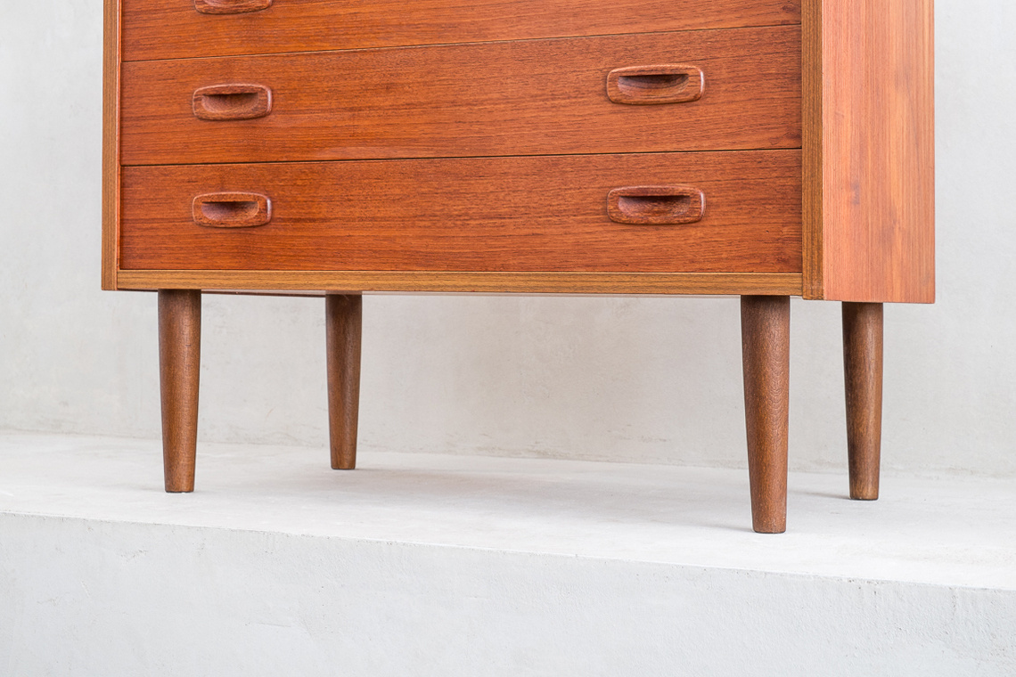 Danish Teak Chest of 4 Drawers