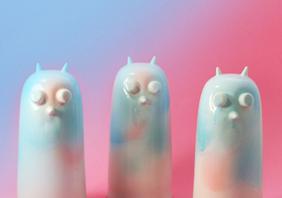 Jarrones coloridos para gente divertida: Studio Arhoj