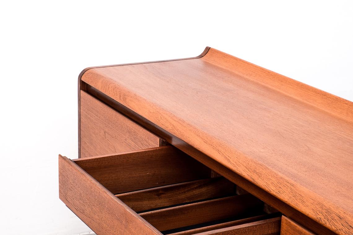 Aparador vintage mueble mid-century sideboard salon nordico danes