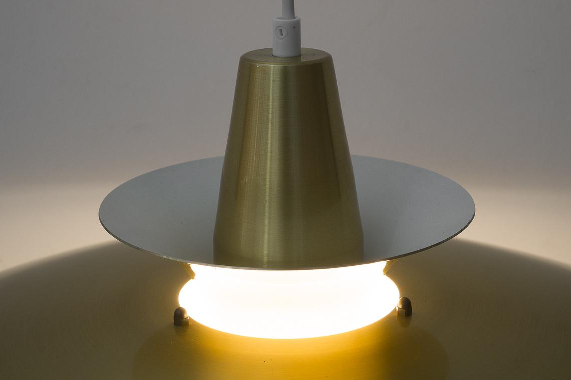 Lámpara DORADA ROMA DE Junge Denmark