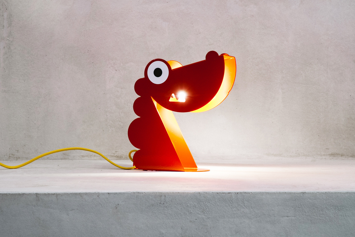Red Dragon lamp