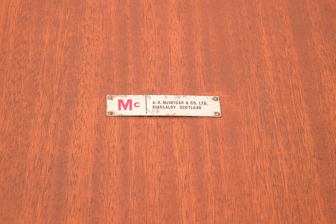 MESA EXTENSIBLE DE MCINTOSH