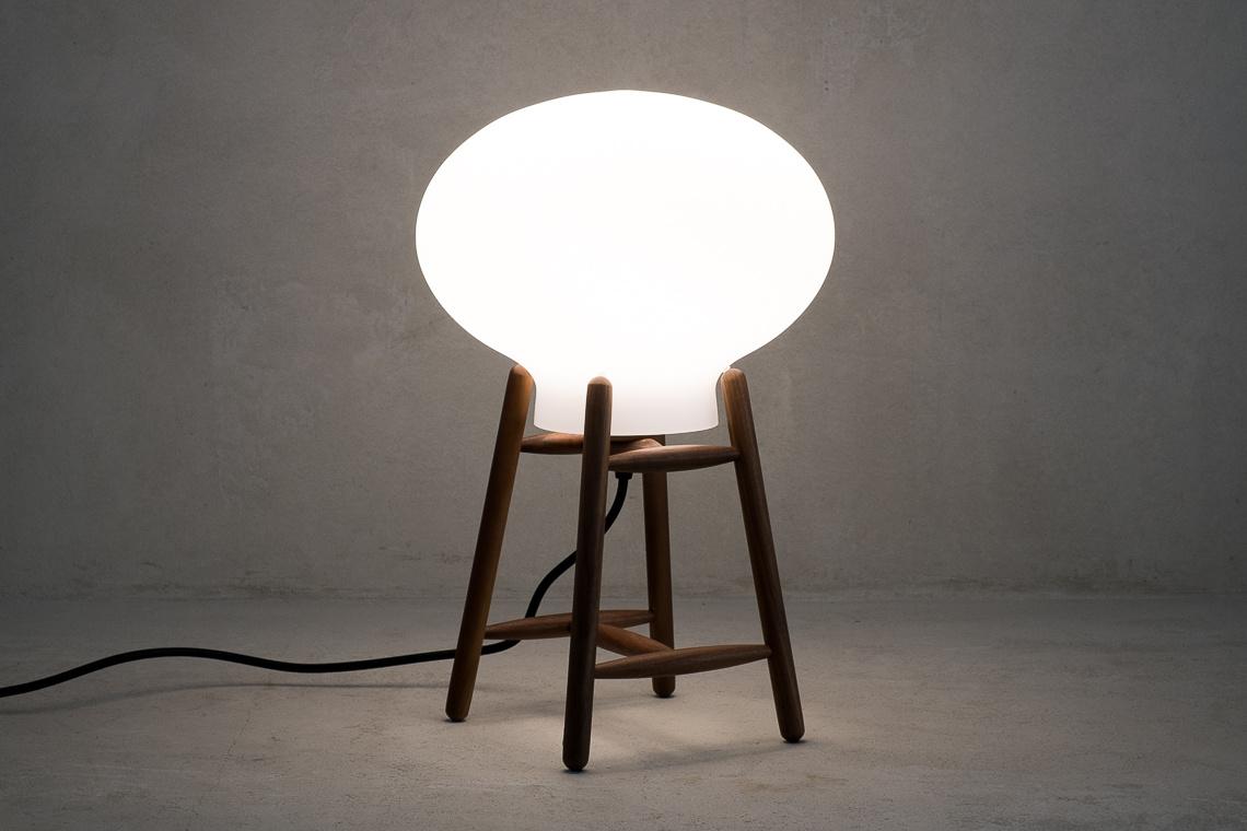 Lámpara de mesa Hiti de FDB Møbler
