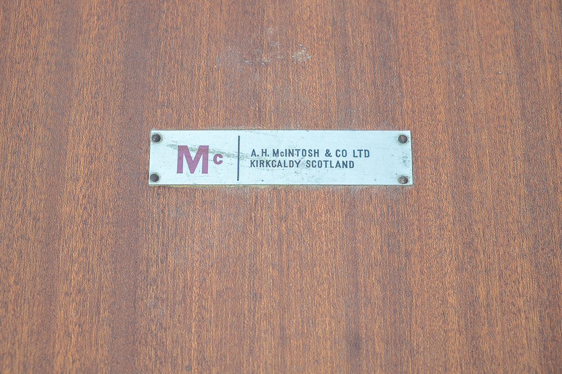 MESA DE COMEDOR EXTENSIBLE DE A.H Mcintosh & Co