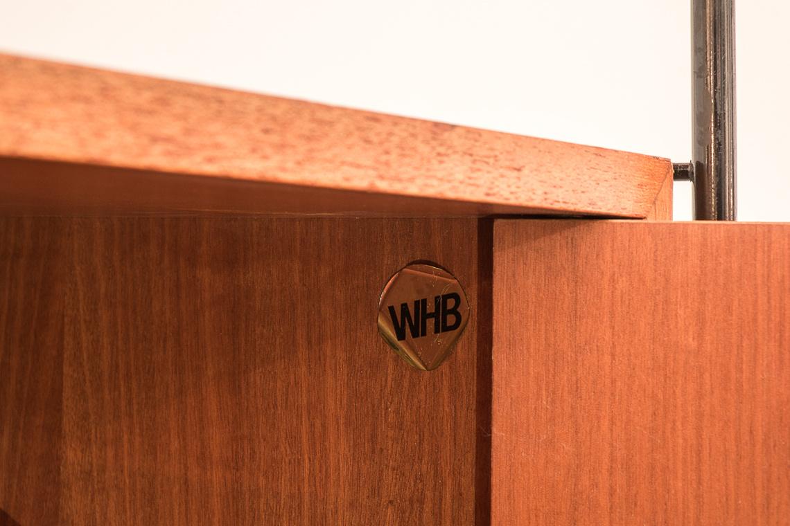 String Regal con portadiscos de WHB
